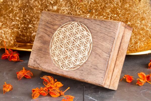 Berk T-28 Holzbox Blume des Lebens gschnitzt mit Blattgoldüberzug