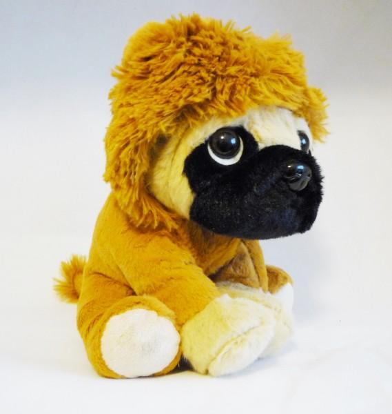 sitzender Hund Mops im Anzug Plüsch Kuscheltier ca. 20cm - Löwe