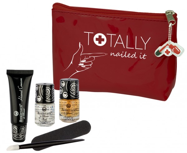 Totally Nailed It Nagel Repair Kit mit Kosmetikbeutel Boulevard de Beauté