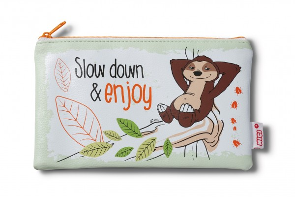 "Nici 43476 Mäppchen Hang Gang Faultier Mäppchen Faultier ""Slow down and enjoy"" 20x13cm"