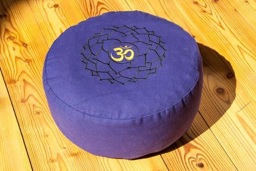 Berk YO-30-7 Kronenchakra Meditationskissen mit Buchweizen gefüllt ca 36x15cm